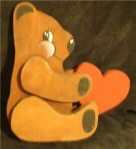 Nice-Handmade-Wooden-Bear-with-Heart-VERY-CUTE