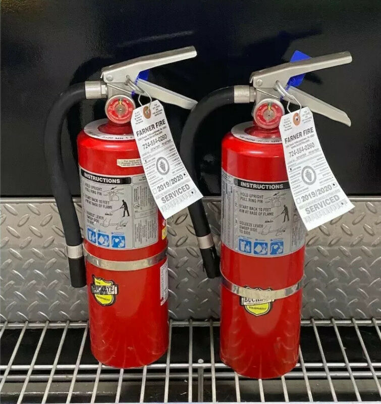 FIRE EXTINGUISHER 5lb Abc  (Scratch & Dent) Set of 2