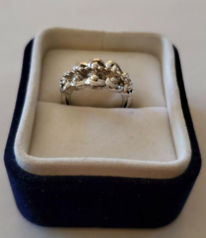 1970s AVON Silver Tone Ring Braid & Love Knot Size 7-8