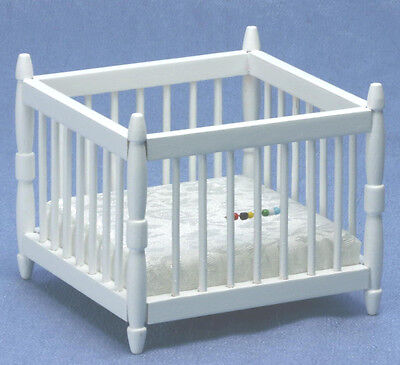 Dollhouse Miniatures 1:12 Scale White Baby Playpen Item #CLA10368