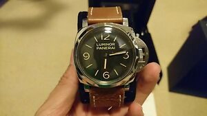 PANERAI (PAM 372) - Immaculate condition Mascot Rockdale Area Preview