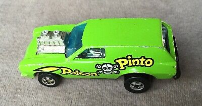 Vintage 1975 Hot Wheels Poison Pinto BW Black Wall Flying Colors Hong Kong Car