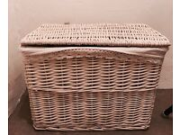 Laundry basket £5