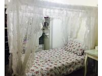 Princess single bed frame Isle of Dogs. E14