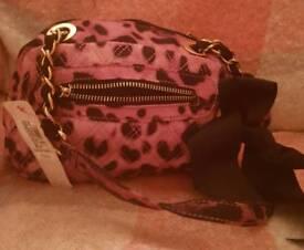 Per Una Handbag