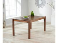 DINING TABLE SOLID DARK OAK 150 cm - great condition!