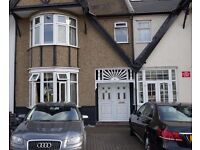 3 Bedroom Nice Big house to rent 2 mins walk from Redbridge Underground Station... IG4