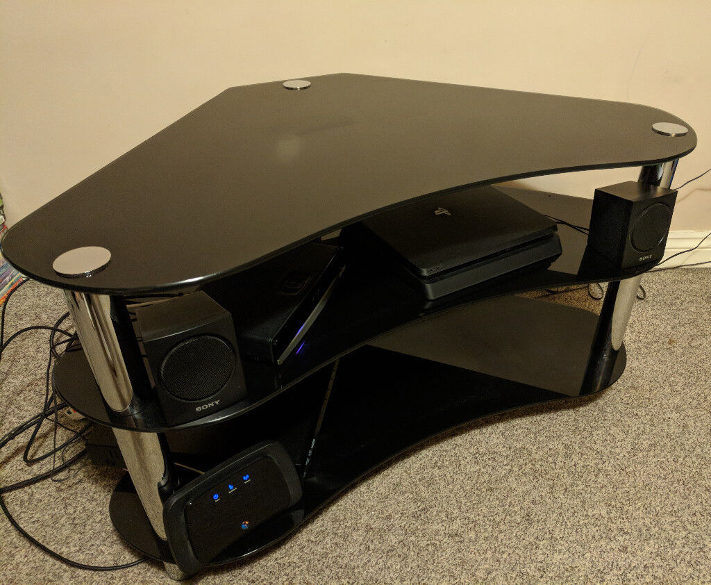 Black Glass TV/Entertainment Stand