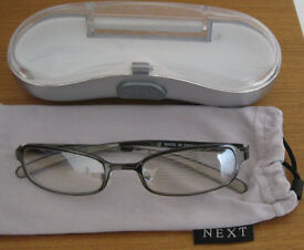 Ladies Sunglasses with cases or pouches. £1.50 - £3 a pair.