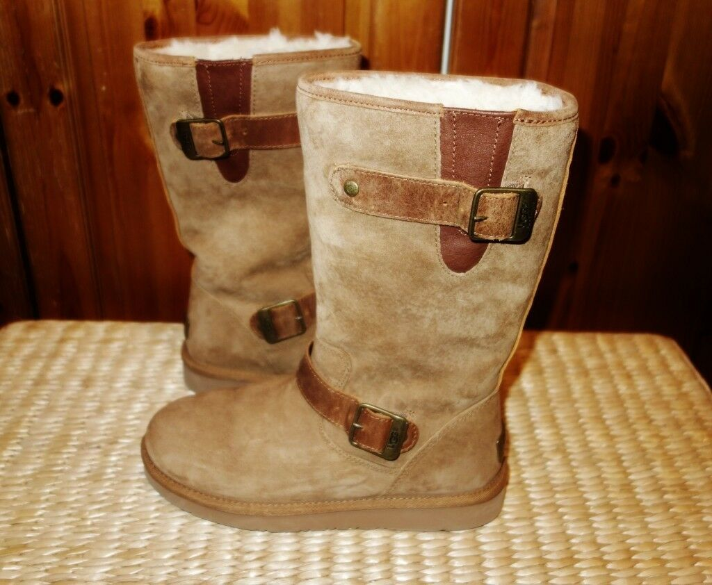 2ffd23d18cd LADIES UGGS SIZE UK 4 IMMACULATE WORN ONCE RRP £140 | in  Staines-upon-Thames, Surrey | Gumtree