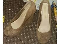 Wedge peeptoe shoes 5