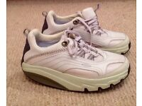 Ladies MBT trainers size 3.5 off white. As new.