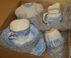 Vintage Tea Set - Aynsley - RD. No. 291231 - 6 cups, saucers, plates and sugar bowl and Cream Jug