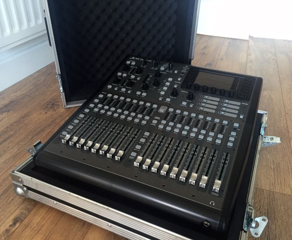 behringer x32 producer digital mixer desk with custom flight case in bognor regis west sussex. Black Bedroom Furniture Sets. Home Design Ideas