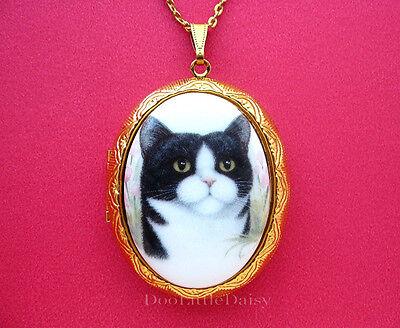 Porcelain White Necklace (Porcelain BLACK & WHITE TUXEDO CAT CAMEO Costume Jewelry Locket Pendant)