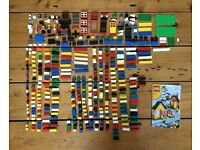 350 Pieces of Assorted Lego (including 2 figures)