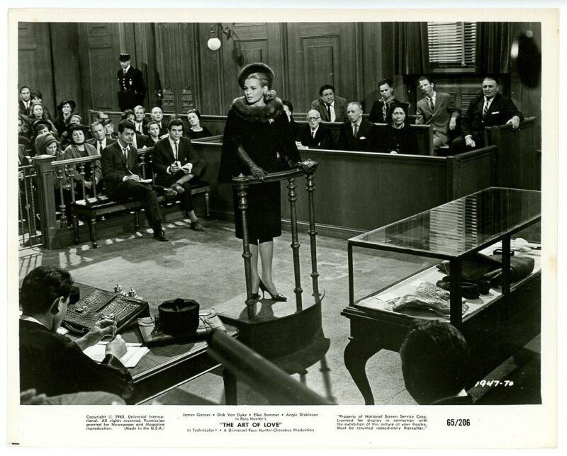 ANGIE DICKINSON original movie photo 1965 THE ART OF LOVE