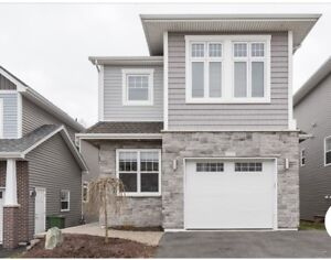 REDUCED PRICE!! Executive Home fully furnished West Bedford