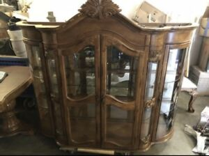 Dinning room table and china hutch