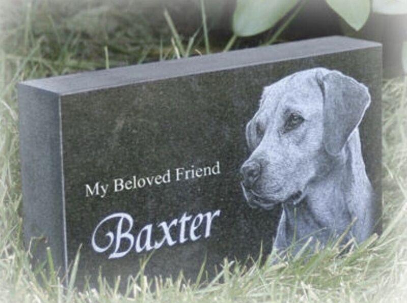 """Memorial Headstone, pet / human 4"""" x 7"""" x 2"""" (Granite)"""