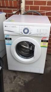 7 kg 4.5 star INTERVEL lg front washing machine   it is in good workin