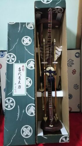 Japanese Vintage ART SAMURAI Sword Archer Bow & Arrow Feather Boxed Imitation