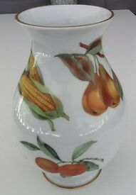 ROYAL WORCESTER EVESHAM LARGE VASE CERESTAR 1996