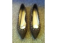 *brand new size 6 ladies shoes, wide E fit