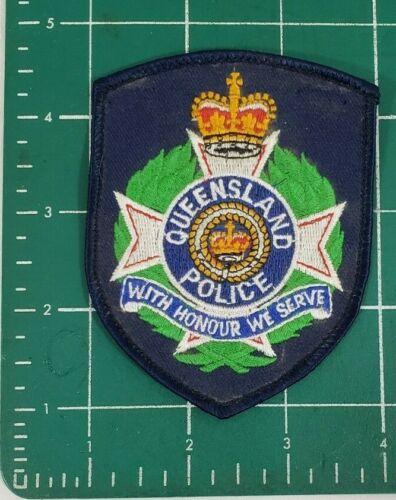 """QUEENSLAND AUSTRALIA, AU AUSTRAILIAN POLICE PATCH (6)  """"WITH HONOUR WE SERVE"""""""