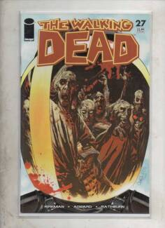 WALKING DEAD COMICS,WEEKLY,H/C.GRAPHIC NOVELS