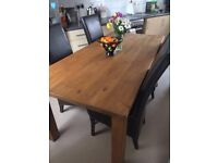Stunning Solid Dining Table & 4 Excellent Condition Real Leather Chairs
