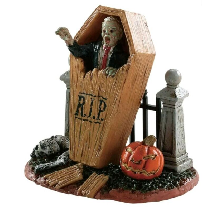 Lemax Spooky Town Coffin Break  Halloween #82566 New In Factory Sealed Package