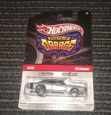 HOT WHEELS PHILS GARAGE 1969 69 DODGE CHARGER CHASE SIG REAL RIDERS TIRE LARRYS