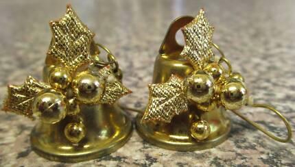 Christmas Bell Earrings For Pierced Ears ***NEW***