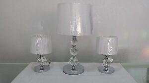 Tris lampade da tavolo lume lumetti moderno cristallo for Tris tappeti camera da letto