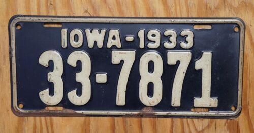 1933 Iowa Passenger License Plate # 33 - 7871