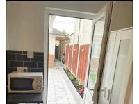 Studio flat for rent in East Acton