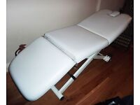 Electric height adjustable 3 section beauty/massage couch