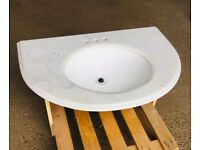 White marble sink with top 820 x 560
