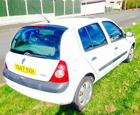 Renault Clio Expression 1.2 Petrol Manual 2001 Reg 12 months Mot Mileage 119k Drivers Excellent