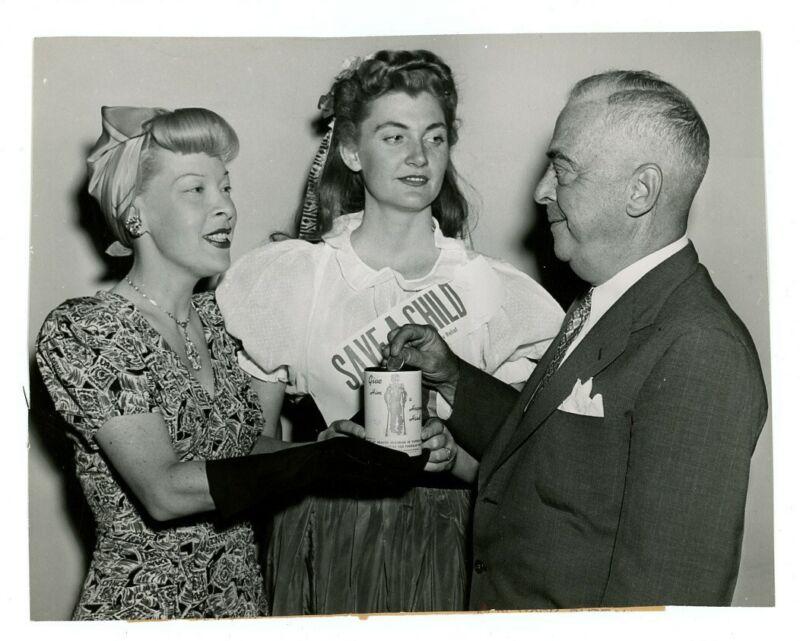 GERTRUDE NIESEN original 1946 news photo ACTRESS SINGER