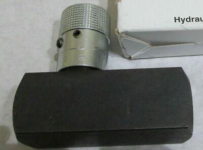 New Parker Pcm600s Hydraulic Flow Control Valve 38-18 Nfpt Npt 3000 Psi 6-gpm