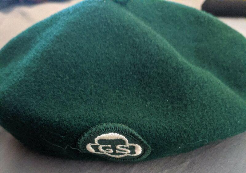 Vintage Official Green GIRL SCOUT Beret Hat Logo Patch 100% Wool Med.