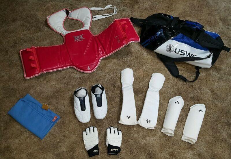 Mooto MTX TaeKwonDo Reversible Chest Gaurd & Shoes. BMA Gloves, Pads, & Gym Bag!