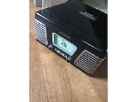Steepletone retro record player (black)