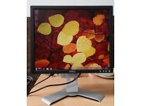 "19"" DELL LCD monitor for PC / Laptop / CCTV SECURITY CAMERA - EXCELLENT CONDITION - DELIVERY"