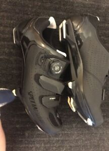 Specialized Biking Shoes Sz 8+ Clip In Pedals -  $80