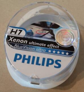 Philips BlueVision Ultracar headlight bulb Type H7 (2x) + W5W fre Mont Albert North Whitehorse Area Preview