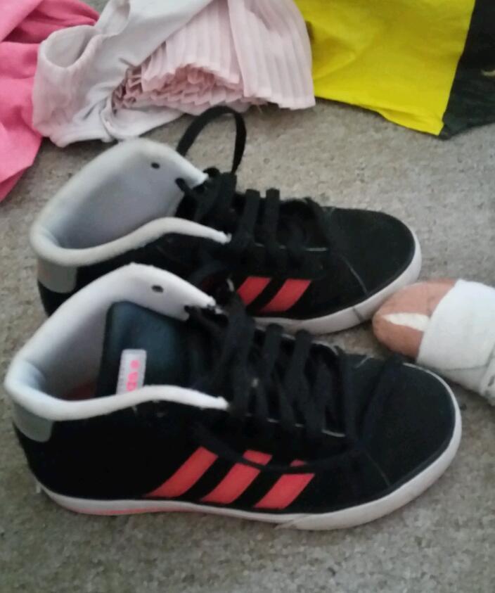 kids adidas size 1