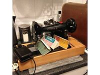 Heavy duty SINGER Electric sewing machine in A1 condition and perfect working order